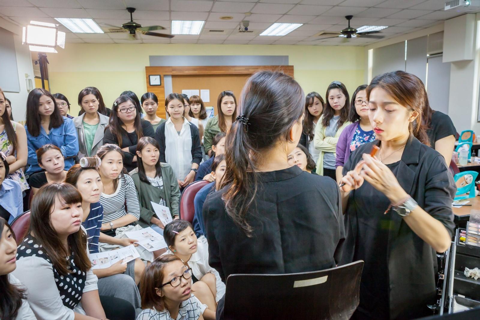宇君老師韓系彩妝課程